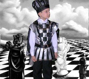 костюм Шахматный король