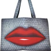 сумка с принтом губы