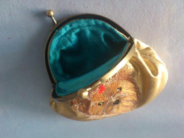 Миниатюрная сумочка с фермуаром