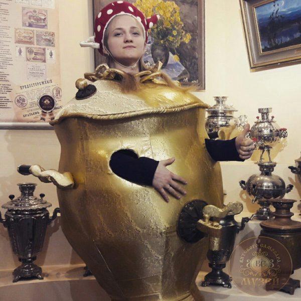 Ростовой костюм для музея Самовар