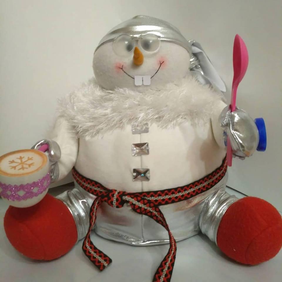 Сытый помощник Деда Мороза