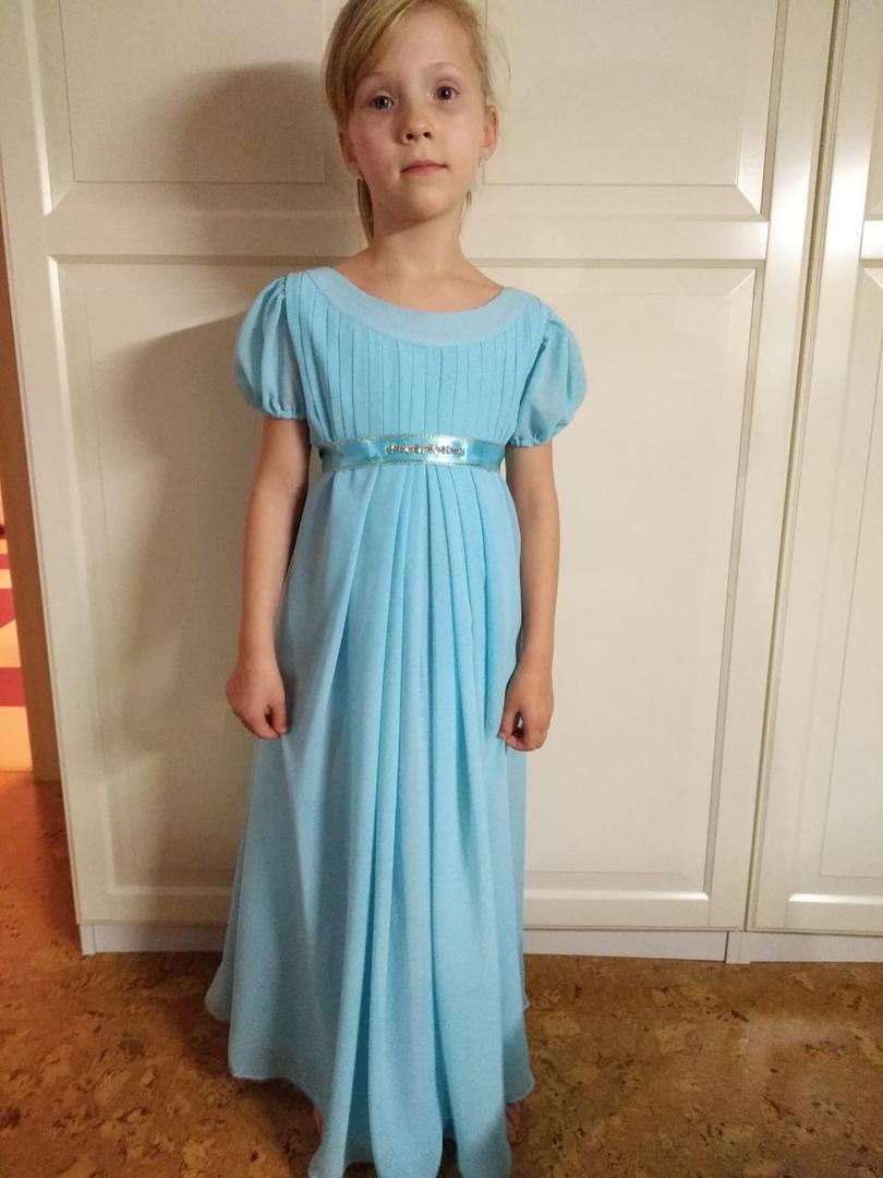 Бальное платье в стиле ампир