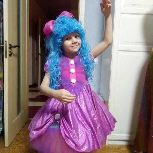 Утренник в детском саду: костюм Мальвины
